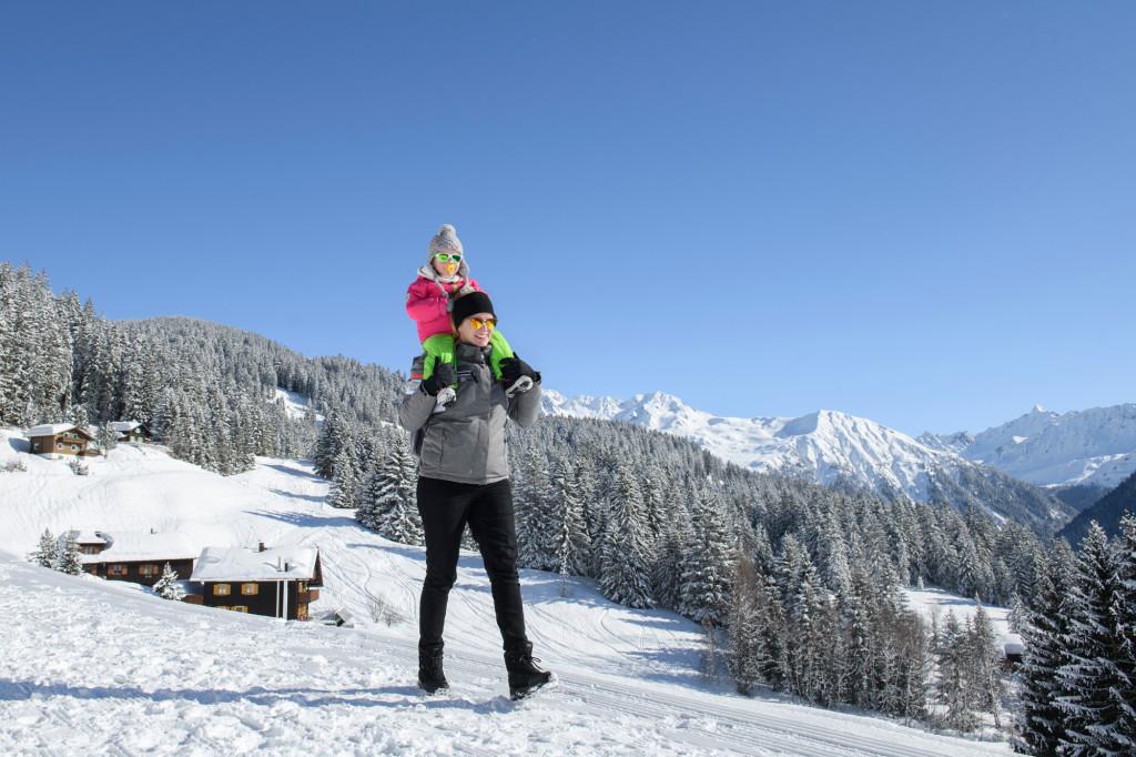 Winterwandern-am-Geniesserberg-Kristberg-Montafoner-Kristbergbahn-Silbertal-GmbH-Patrick-Saely-18